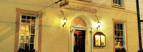 Dingle Benners Hotel - Ferriter Family Gathering Venue